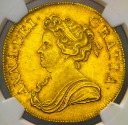 GREAT BRITAIN Anne アン(1702~14) 5Guineas 1711 NGC-AU58